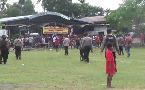 Langgar Prokes, Satgas Covid Kota Sorong Bubarkan Pertandingan Sepak Bola 4 IMG 20210507 WA0037
