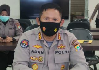 Usai Bagi Sembako, Mobil Rombongan Kapolres Maybrat Ditembaki OTK 25 IMG 20210511 WA0090 2