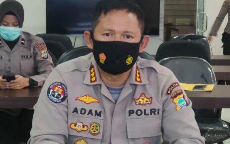 Usai Bagi Sembako, Mobil Rombongan Kapolres Maybrat Ditembaki OTK 3 IMG 20210511 WA0090 2