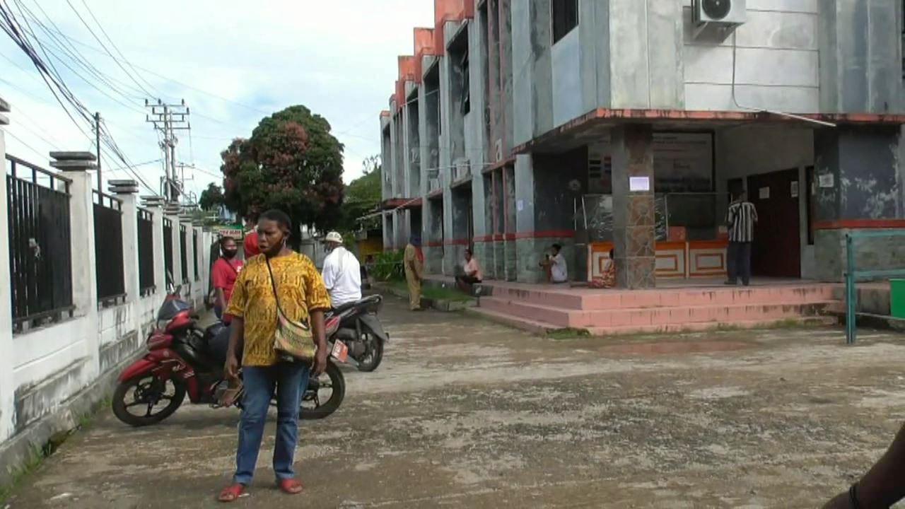5 Unit Komputer Hilang Dicuri, Pelayanan di Disdukcapil Kota Sorong Lumpuh Total 5 IMG 20210517 WA0062