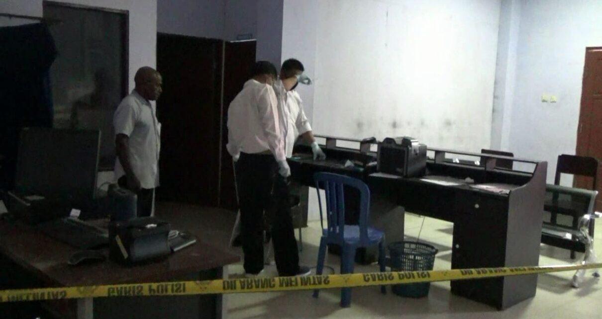 5 Unit Komputer Hilang Dicuri, Pelayanan di Disdukcapil Kota Sorong Lumpuh Total 1 IMG 20210517 WA0065