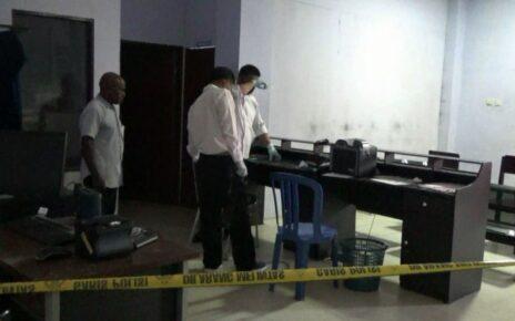 5 Unit Komputer Hilang Dicuri, Pelayanan di Disdukcapil Kota Sorong Lumpuh Total 4 IMG 20210517 WA0065