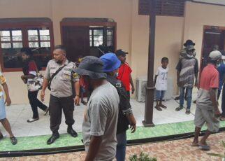 Keluarga Korban Pembunuhan di Aifat Kabupaten Maybrat Ribut di Pengadilan Sorong 25 IMG 20210615 WA0011