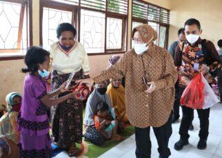 Respon Cepat Mensos Beri Bantuan 1.200 Pengungsi di Yalimo Papua 15 16253229673470
