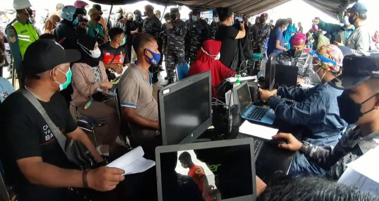 Ribuan Warga Kota Sorong Ikut Serbuan Vaksinasi Massal TNI AL Gratis 1 IMG 20210706 WA0054