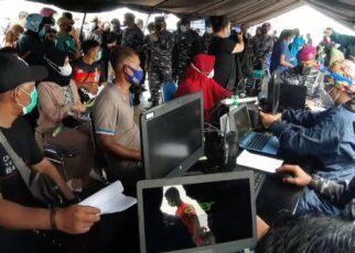 Ribuan Warga Kota Sorong Ikut Serbuan Vaksinasi Massal TNI AL Gratis 23 IMG 20210706 WA0054
