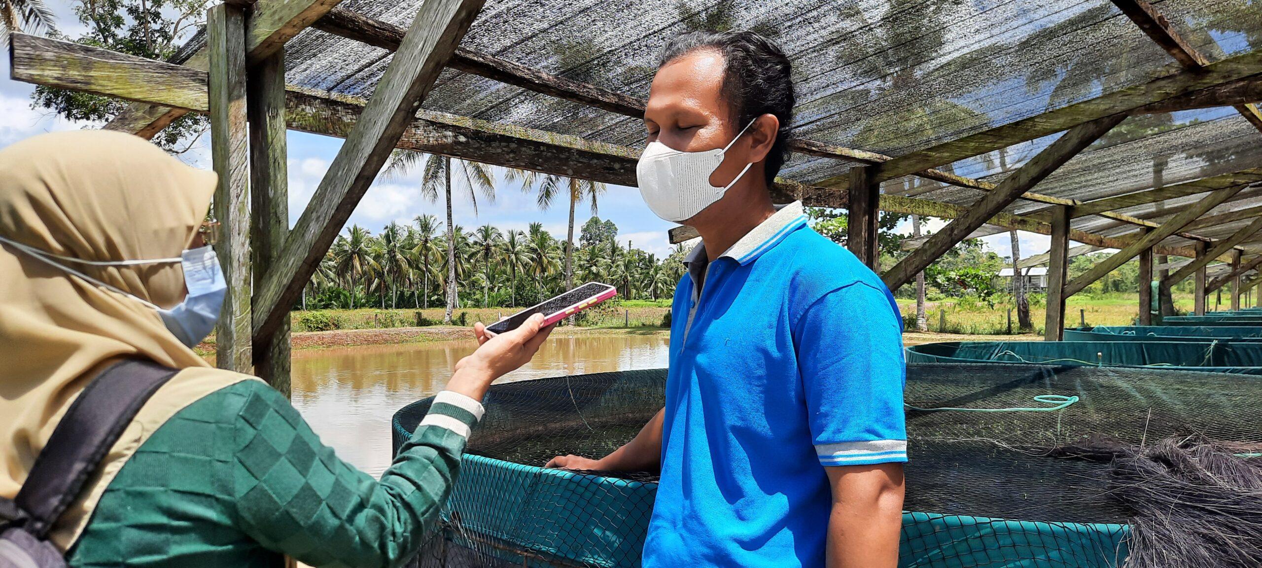 """Rico Sia Salurkan Bantuan Aspirasi """"Program Desa Berinovasi"""" ke Kelompok Pembudidaya Ikan Lele di Kab. Sorong 3 20210814 115908 scaled"""