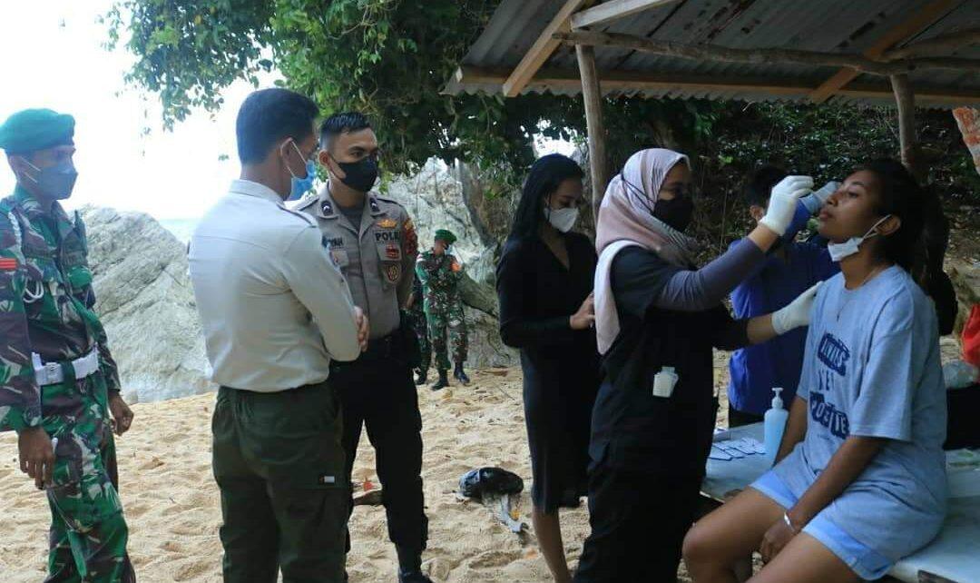Operasi Yustisi di Pantai Base-G, 128 Penikmat Wisata Dinyatakan Negatif 1 FB IMG 1629643225094