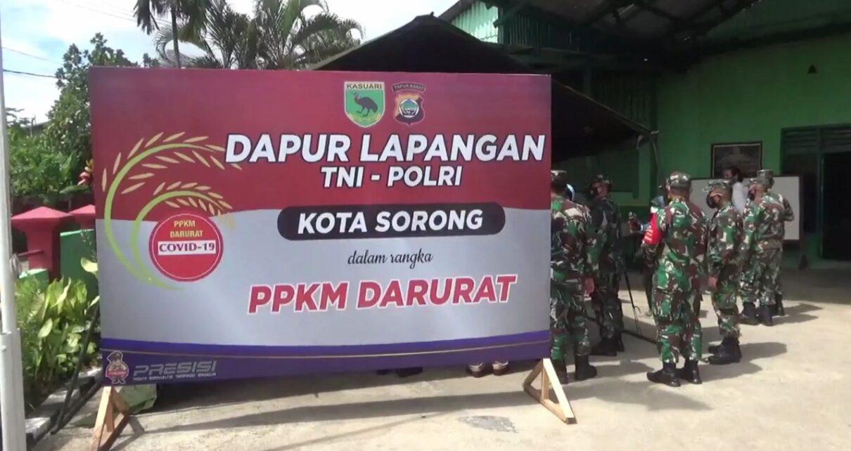 Selama PPKM Kota Sorong, TNI-POLRI Aktifkan Dapur Umum Bagi 400 Kotak Makanan Per Hari 1 IMG 20210802 WA0011