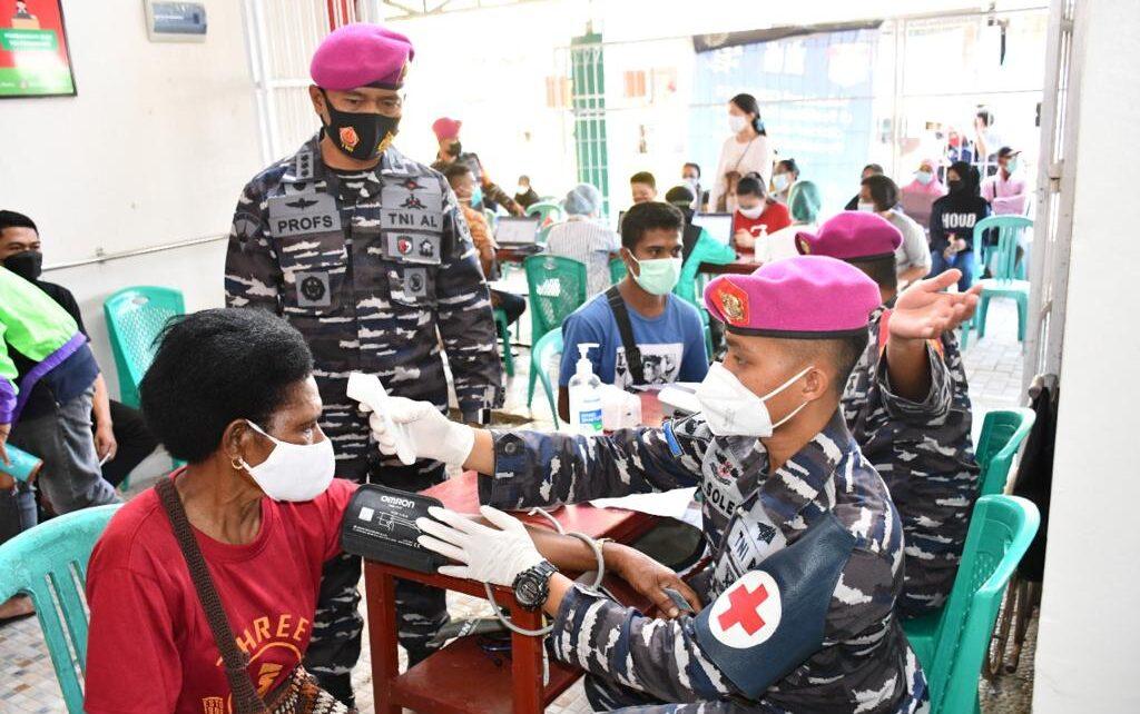 Lagi, Korps Marinir Rangkul Puskesmas Remu Gelar Serbuan Vaksinasi Untuk Masyarakat Kota Sorong 1 IMG 20210814 WA0111