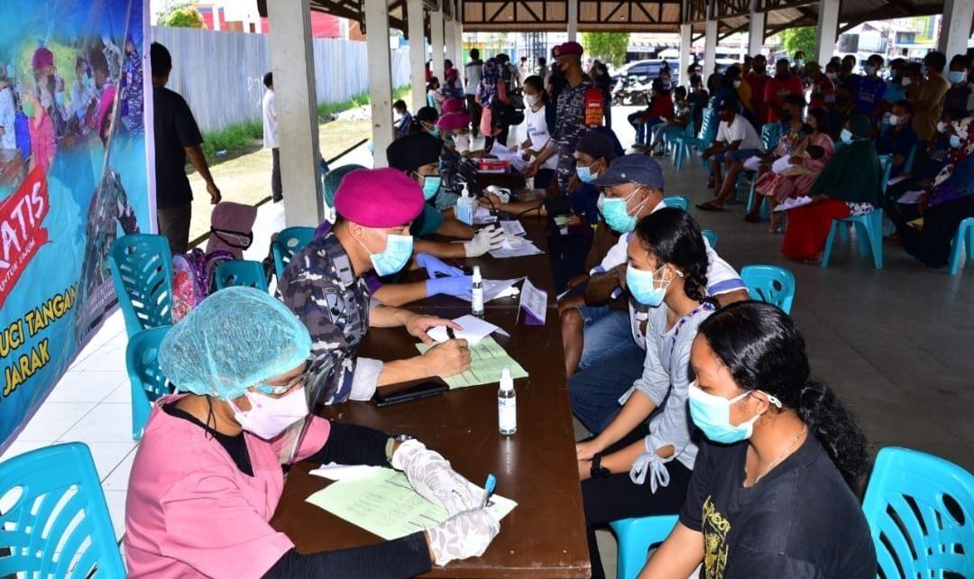 Serbuan Vaksinasi Korps Marinir Kali Ini Didominasi Remaja Distrik Aimas 1 IMG 20210818 WA0087