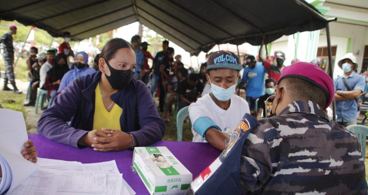 Serbuan Vaksinasi Korps Marinir Sasar Hingga Kampung Klasari Kabupaten Sorong 1 IMG 20210819 WA0126