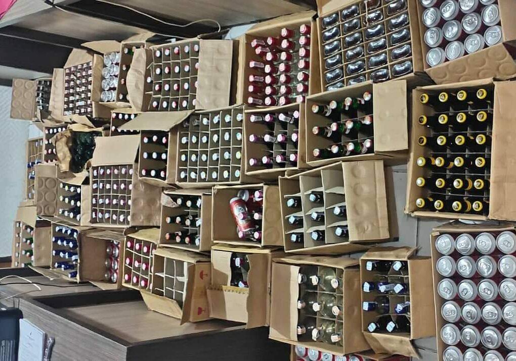 Nekat Jual Ratusan Botol Miras Saat PON XX, H Ditangkap Polisi 6 FB IMG 1632738716004