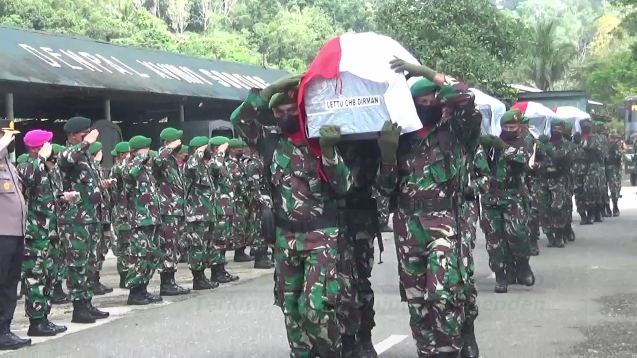 Isak Tangis Gubernur, Pangdam Dan Kapolda Papua Barat Melepas Keberangkatan 4 Prajurit TNI 6 IMG 20210903 WA0056