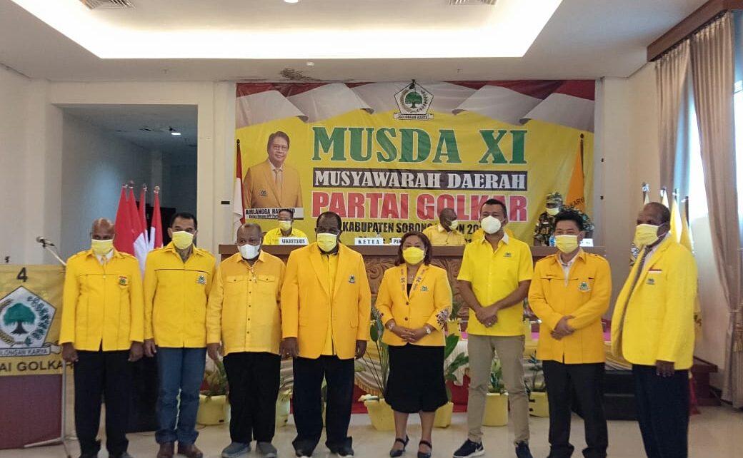 Melangkah 2 Periode, Jhony Kamuru Berhasil Duduki Kursi Ketua DPD Golkar Kabupaten Sorong 1 IMG 20210917 WA0055