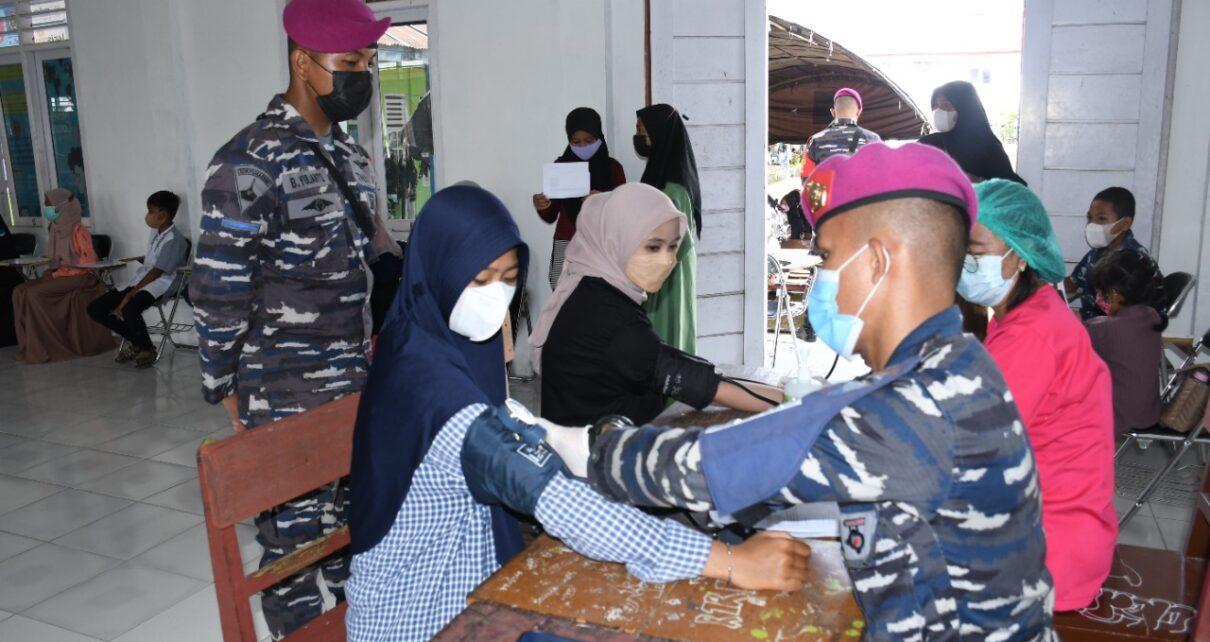 Ratusan Pelajar Kabupaten Sorong Serbu Posko Vaksinasi Maritim Korps Marinir TNI AL 1 IMG 20210922 WA0082
