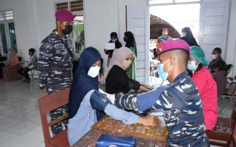Ratusan Pelajar Kabupaten Sorong Serbu Posko Vaksinasi Maritim Korps Marinir TNI AL 3 IMG 20210922 WA0082