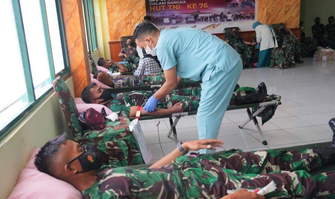 Jelang HUT TNI ke 76, Kodam XVIII/Kasuari Gelar Donor Darah 1 Screenshot 20210921 220100 Gallery