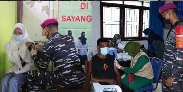 Mahasiswa Dan Pelajar Sorong Jadi Target Serbuan Vaksinasi Maritim Korps Marinir TNI AL 1 Screenshot 20210923 192506 Photo Wonder