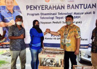 Bantu Tumbuh Kembang Pelaku Usaha, Rico Sia Beri Bantuan TTG Untuk UMKM di Sorong 19 20211015 153837